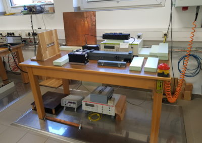 HF-, ESD- und Surge-Messplatz im EMV-Labor